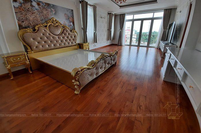 Sàn gỗ Gõ đỏ mang lại nét sang trọng lịch làm cho không gian nghĩ ngơi