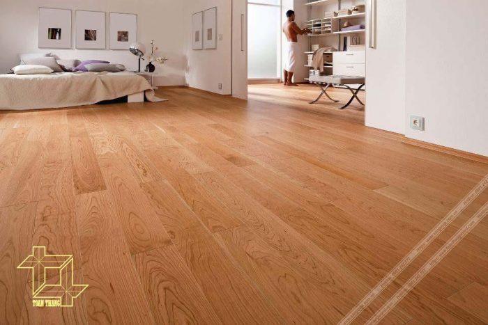 Ngôi nhà ấm cúng khi sử dụng sàn gỗ Pơ mu