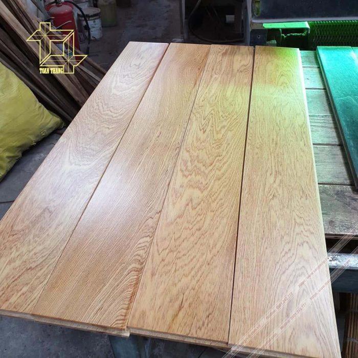 Sàn gỗ Pơ Mu vân rất đẹp