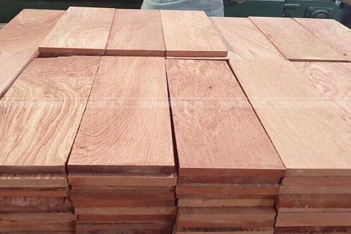 Sàn gỗ Hương Nam Phi vân cũng rất đẹp