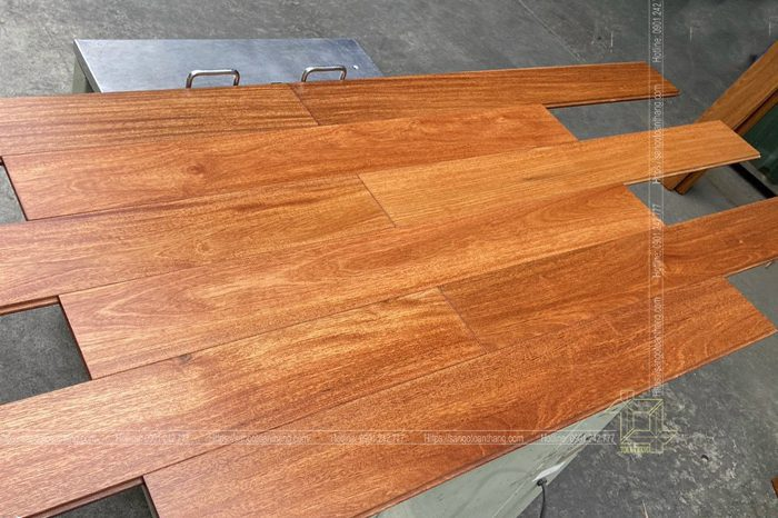Sàn gỗ căm xe solid
