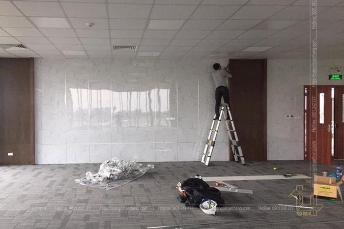 Thợ thi công tấm nhựa ốp tường quan trọng nhất vẫn là gọn gàng sạch sẽ