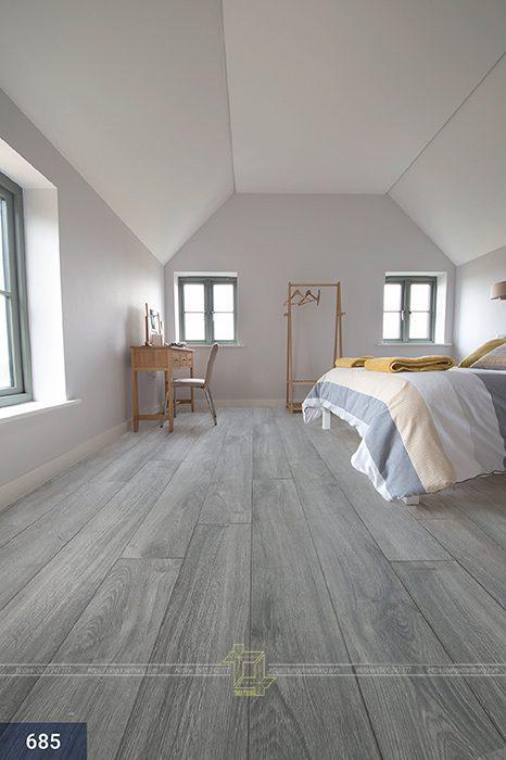 Sàn gỗ màu xám trắng được giờ trở nên 1 trào lưu