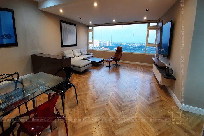 Sàn gỗ Sồi làm cho không gian phòng khách thêm phần thoáng mát