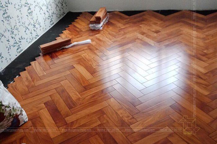 sàn gỗ đỏ lắp xương cá