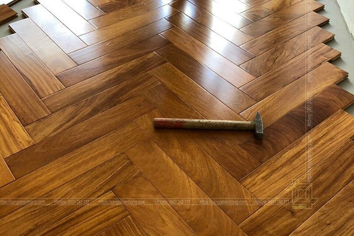 Sàn gỗ Xương cá Gõ đỏ Lào