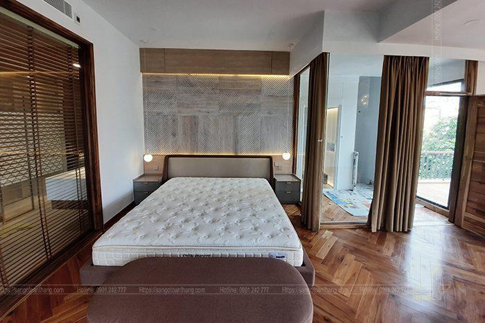 Phòng ngủ lát sàn gỗ Teak kiểu xương cá tạo nên nét đột phá
