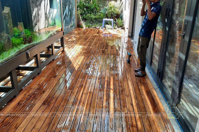 Sàn gỗ Teak lắp ở bể bơi