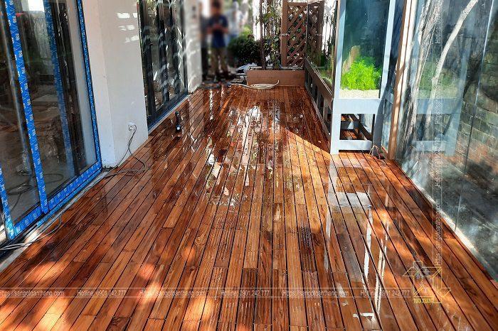 Sàn gỗ Teak là nguyên liệu ưu tiên hàng đầu cho lát sàn gỗ ngoài trời