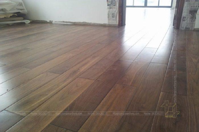 Sàn gỗ Óc chó Hóc Môn