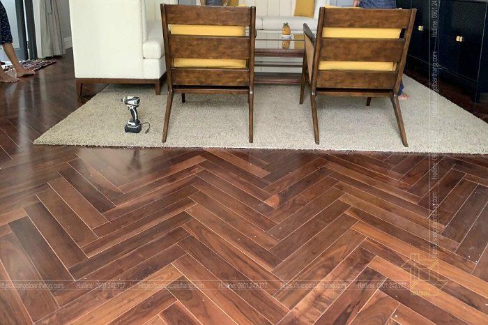 Bảo quản vệ sinh sàn gỗ óc chó xương cá
