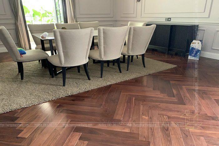 Sàn gỗ Óc chó tạo cảm giác sang trọng, Tây Âu