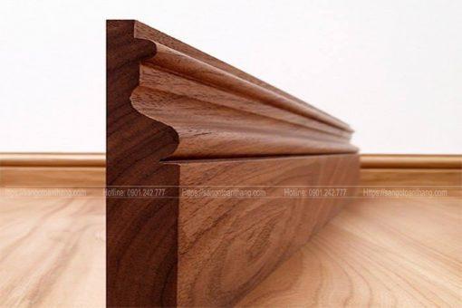 Len chân tường gỗ tự nhiên Óc chó