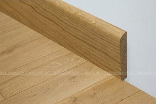Len chân tường gỗ tự nhiên Sồi