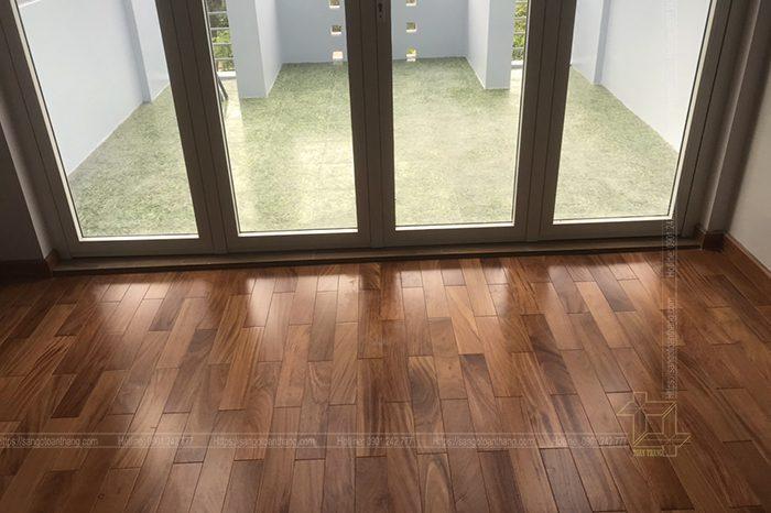 Sàn gỗ Gõ đỏ mang lại nét sang trọng lịch làm cho không gian