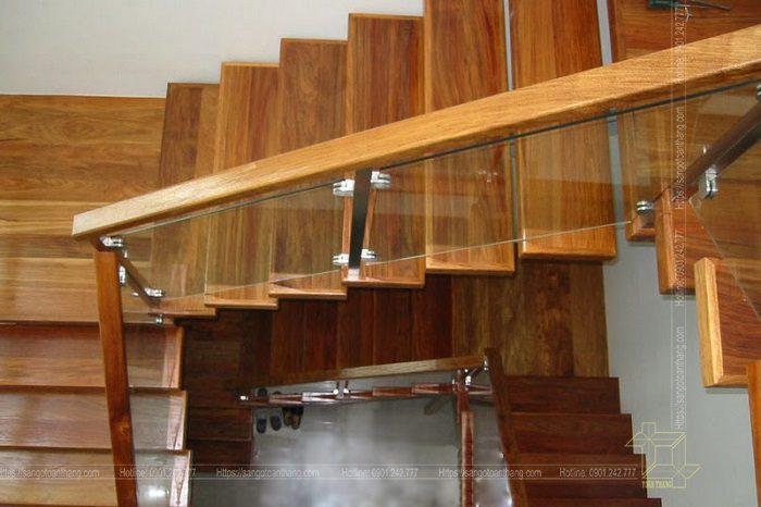 Mặt bậc cầu thang gỗ Teak