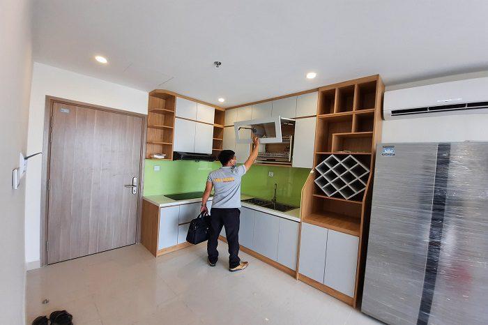 Tủ bếp gỗ công nghiệp phủ Mealmin vân gỗ