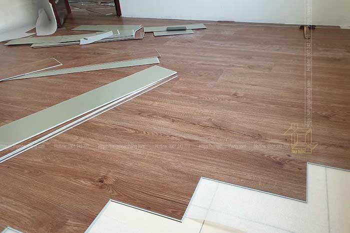 Sàn nhựa hèm khóa vân gỗ được đánh giá chất lượng tốt nhất sau 1 thời gian dài sử dụng