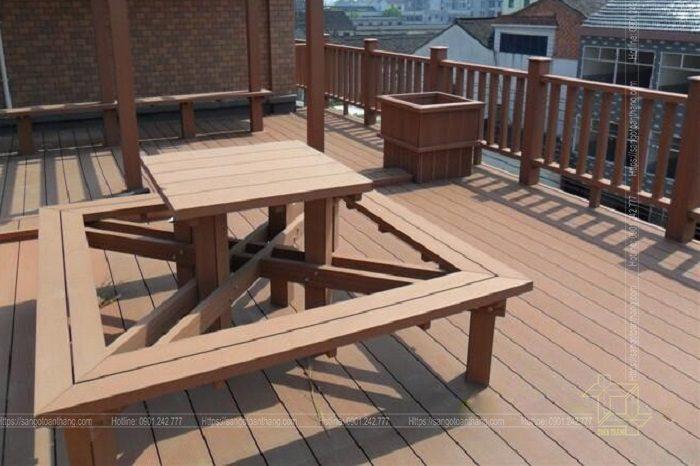 Bộ bàn ghế gỗ nhựa ngoài trời mẫu 11