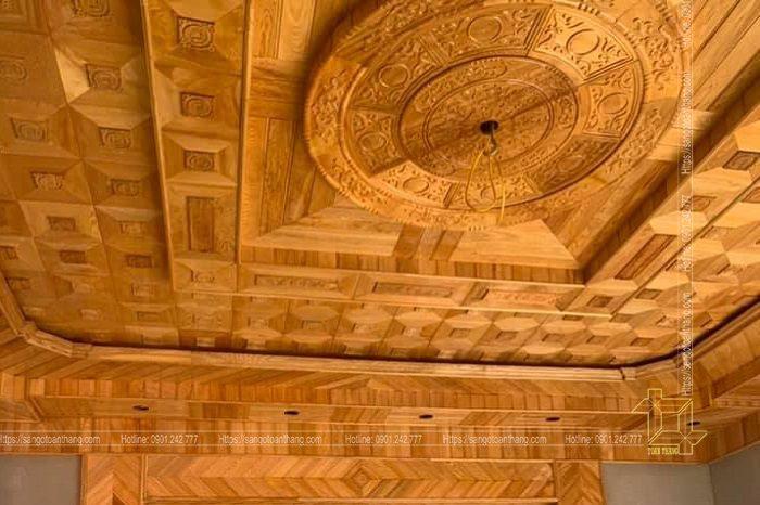 Mẫu trần gỗ tự nhiên số 09